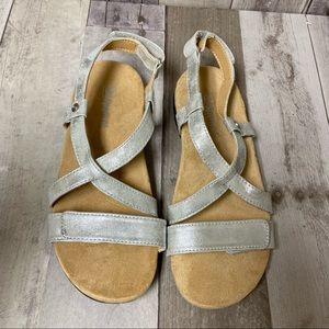 Spenco Cross Strap Leather Silver Sandals Size 8